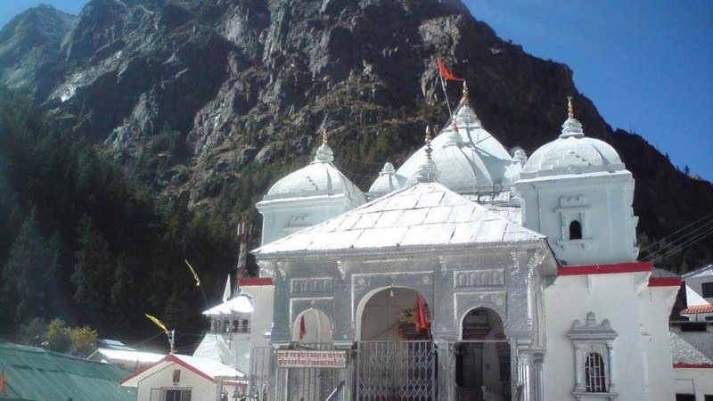 A-Traveller's-Guide-to-The-Chardham-Yatra-800x600-iml-travel-www.imltravel.com (1)