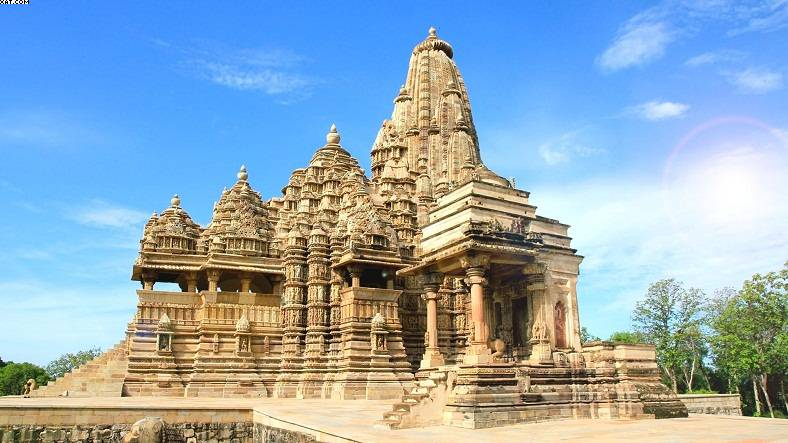 Best of Khajuraho and Varanasi-IML-788x443 (1)