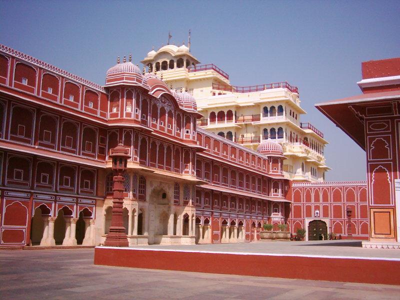 Chandra-Mahal-IML-Travel-800x600