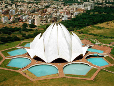Lotus-Temple-IML-Travel-800x600