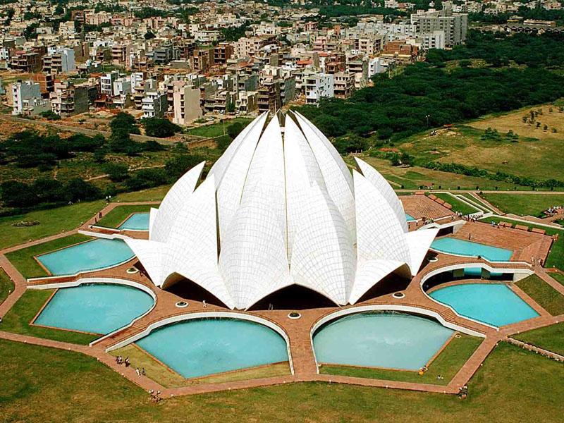 Lotus-Temple-IML-Travel-800x600