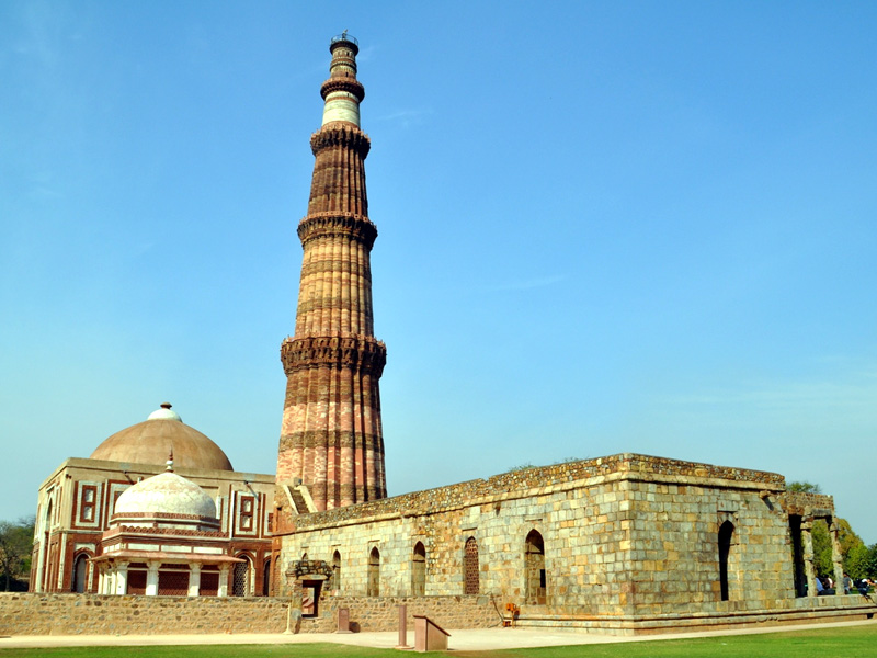 Qutub-Minar-IML-Travel-800x600