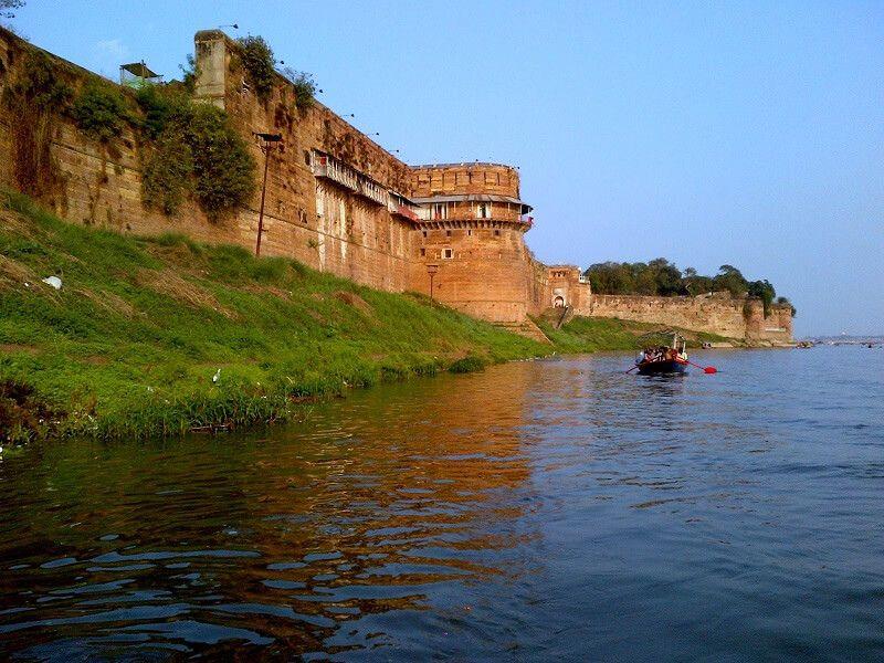 Allahabad-Fort-IML-Travel-compressor