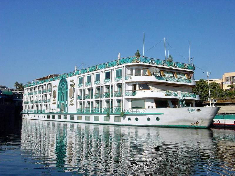 Cruise-Aswan-to-Luxor-IML-Travel(6)