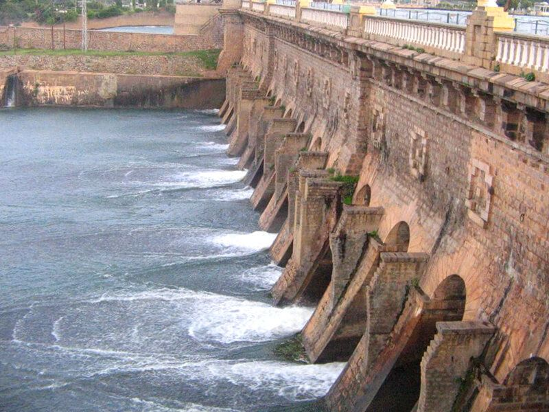 KRS-Dam-IML-Travel-compressor