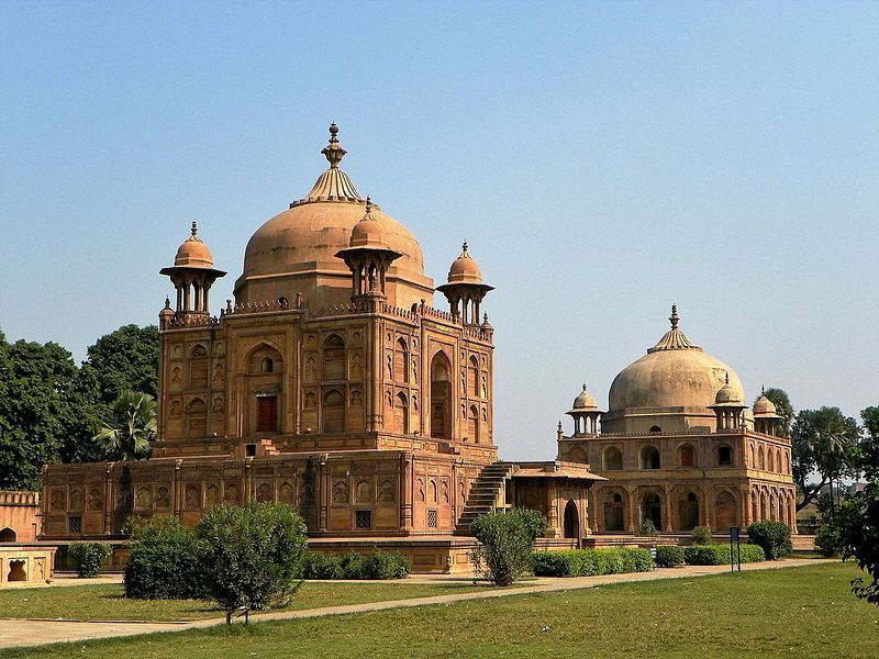 Khusro-bagh-IML-Travel-compressor