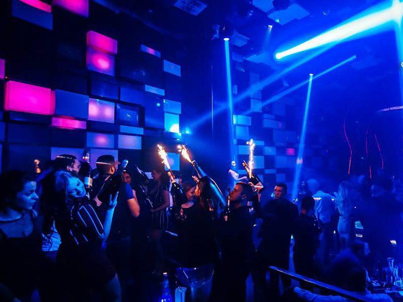 nightlife-in-cairo2-IML-Travel