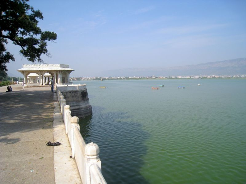 Anasagar-lake-ajmer-IML-Travel