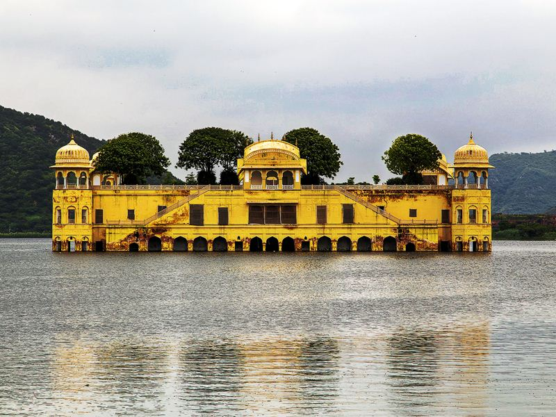 Jal-mahal-jaipur-IML-Travel