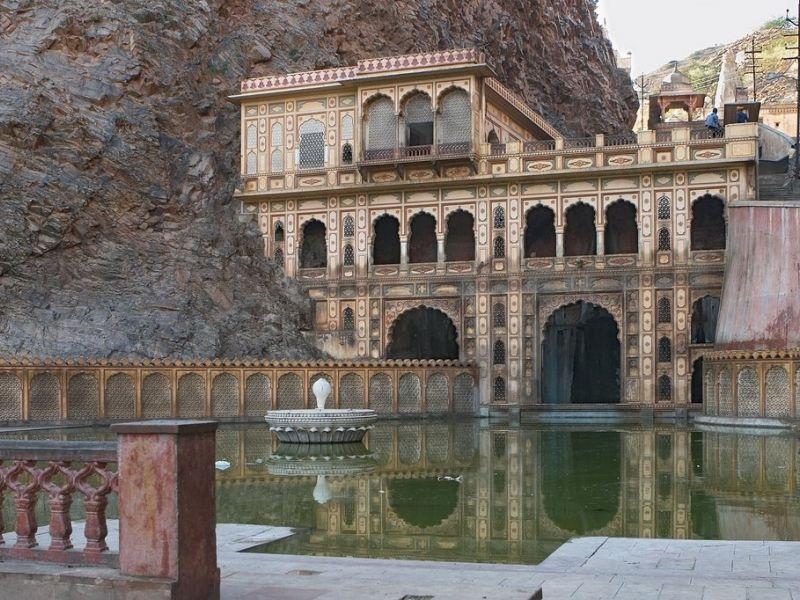 galtaji-temple-jaipur-IML-Travel