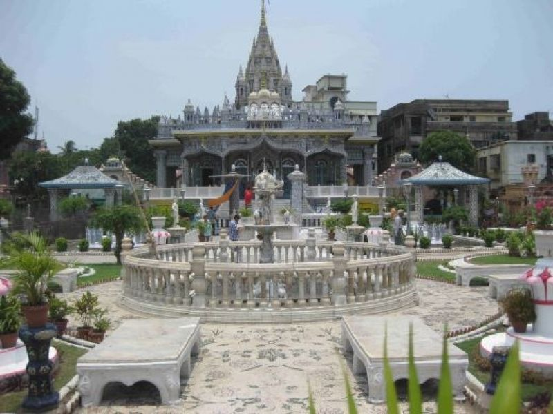 jain-glass-temple-kanpur-IML-Travel