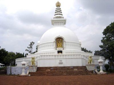 Vishwa-Shanti-Stupa-Rajgir-IML-Travel 800x600