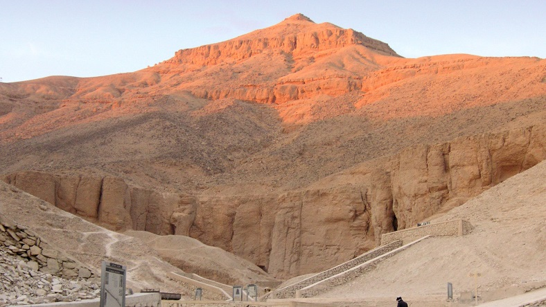 Valley of the Kings-IML-Travel